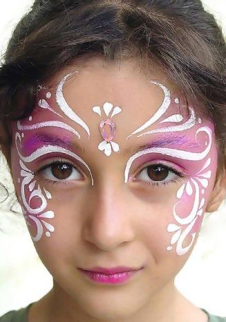 Delicado y maravilloso maquillaje infantil