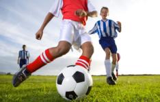 Ninos-jugando-futbol_ESTIMA20120531_0029_12